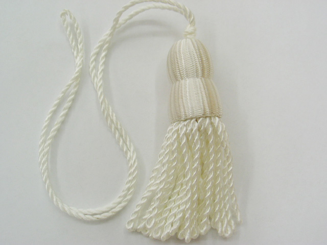 White Shade Tassel (Small)